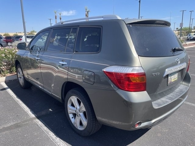 Toyota Highlander 2009 price $14,986