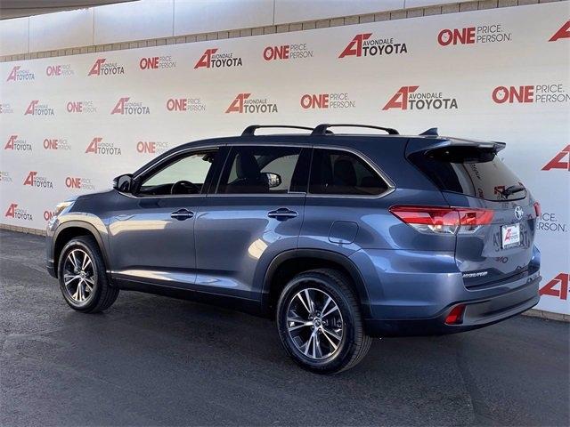 Toyota Highlander 2019 price $37,981