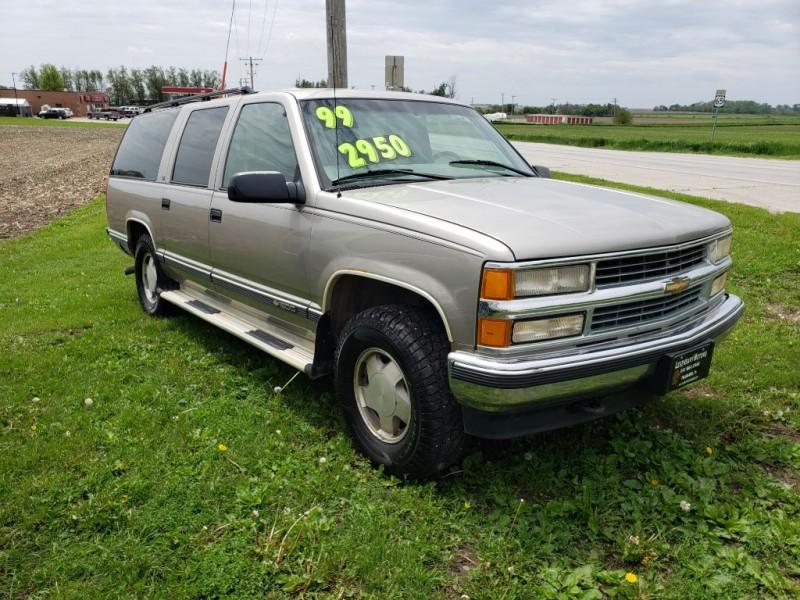 CHEVROLET SUBURBAN 1999 price $1,950