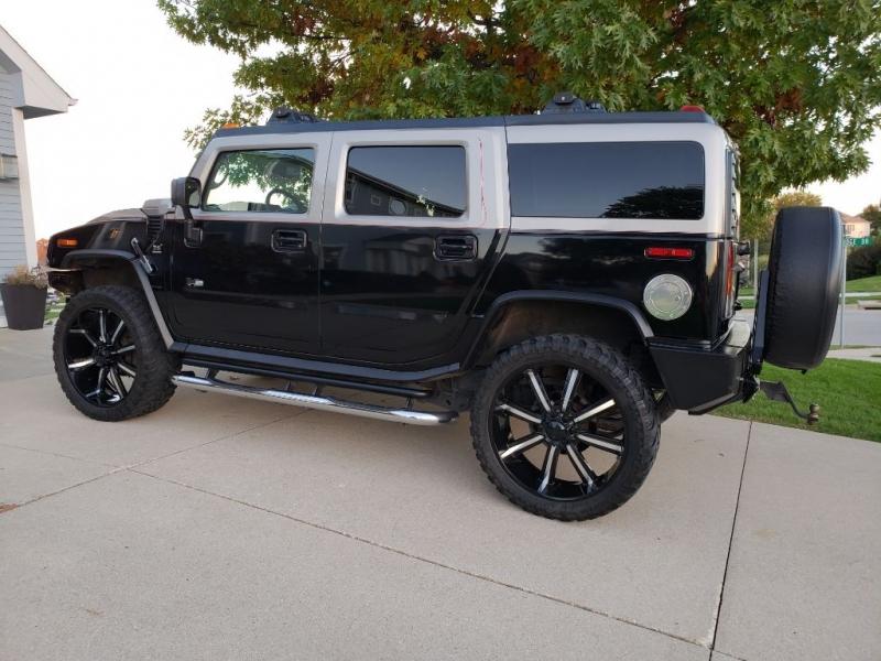 HUMMER H2 2004 price $21,950