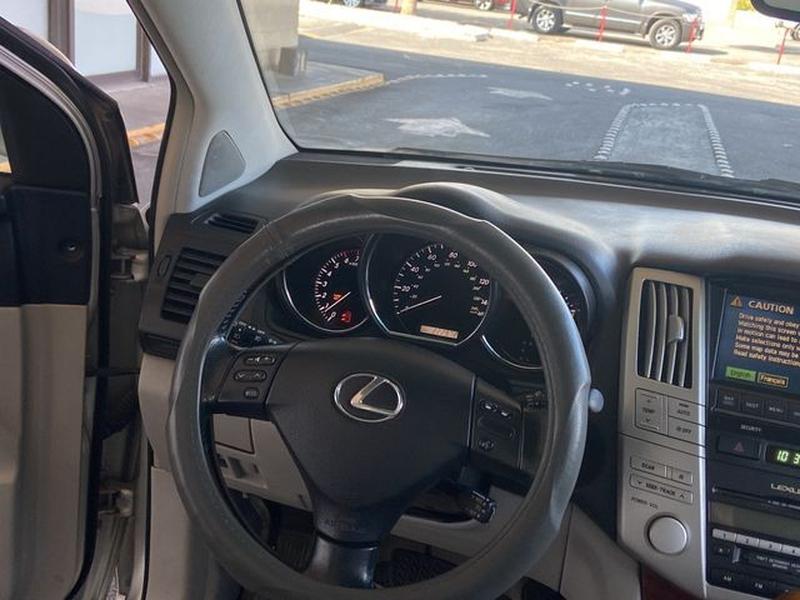 Lexus RX 2005 price $5,799