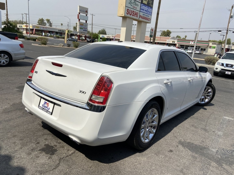 Chrysler 300 2013 price $10,399
