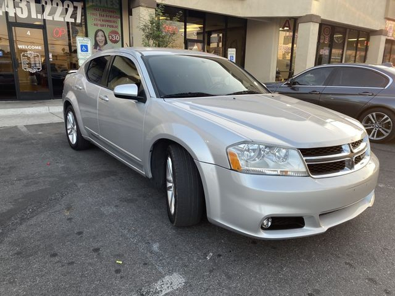 Dodge Avenger 2012 price $7,799