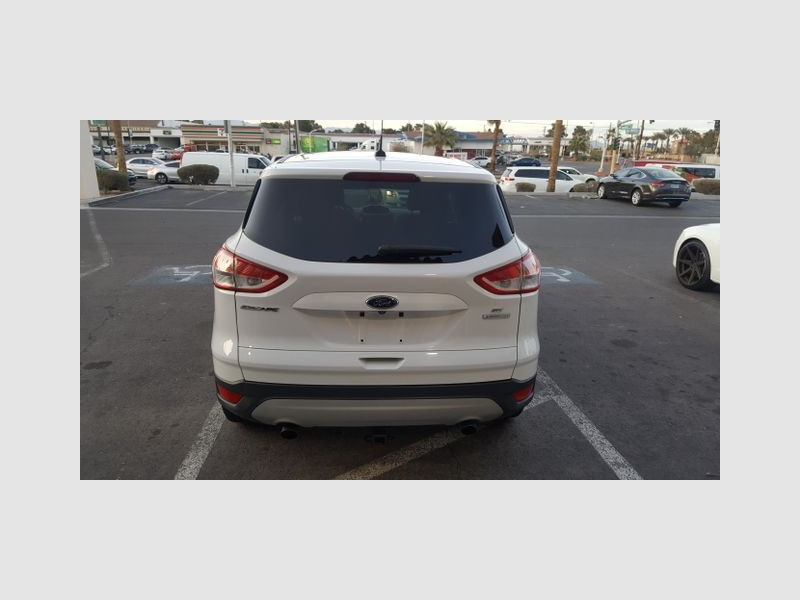 Ford Escape 2013 price $8,899