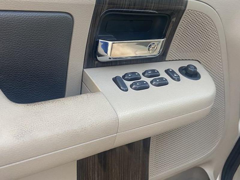 Ford F150 SuperCrew Cab 2008 price $14,899