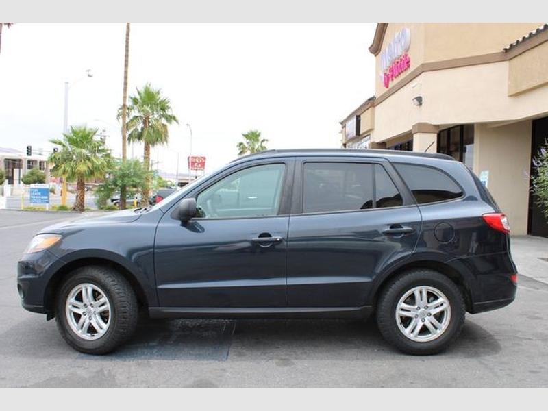 Hyundai Santa Fe 2011 price $10,299