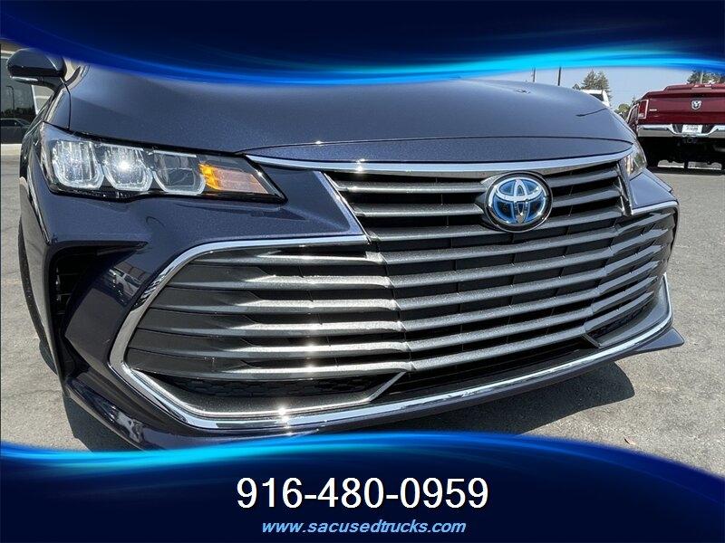 Toyota Avalon 2019 price $32,990
