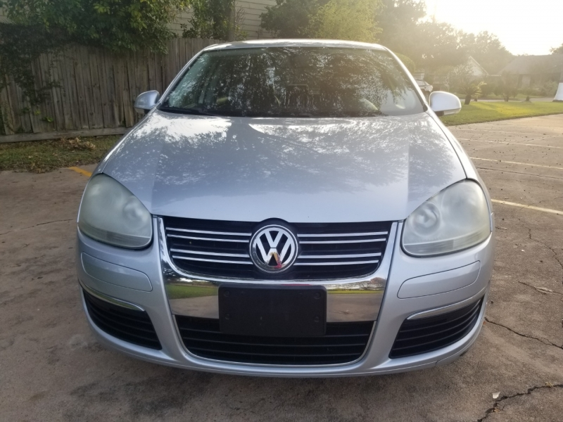 Volkswagen Jetta Sedan 2009 price $5,300