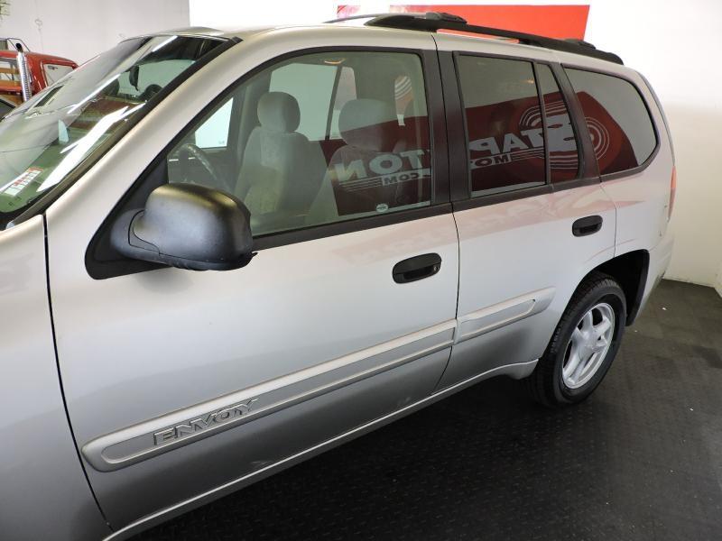 GMC ENVOY 2004 price $4,399