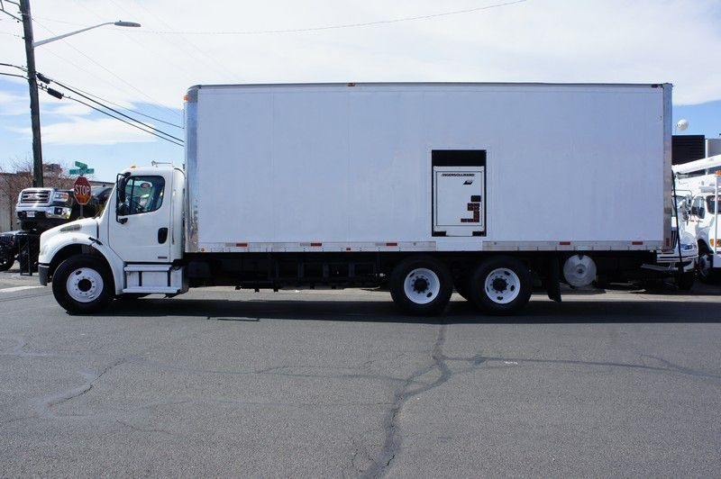 FREIGHTLINER BUSINESS CLASS 2004 price $23,599