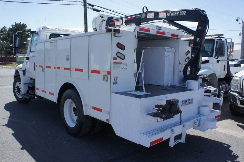 INTERNATIONAL 4300 2005 price $26,999