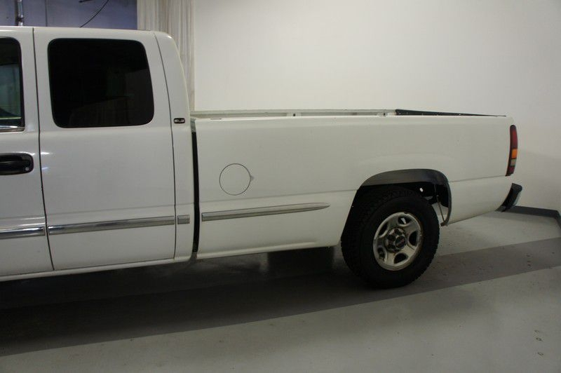GMC NEW SIERRA 2002 price $6,799