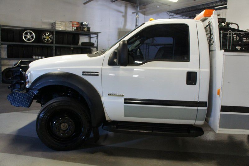 FORD F550 2006 price $15,999