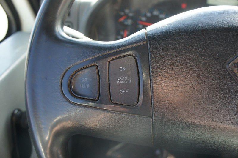 INTERNATIONAL 7400 2004 price $36,999