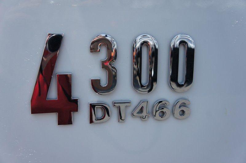 INTERNATIONAL 4300 2006 price $43,999