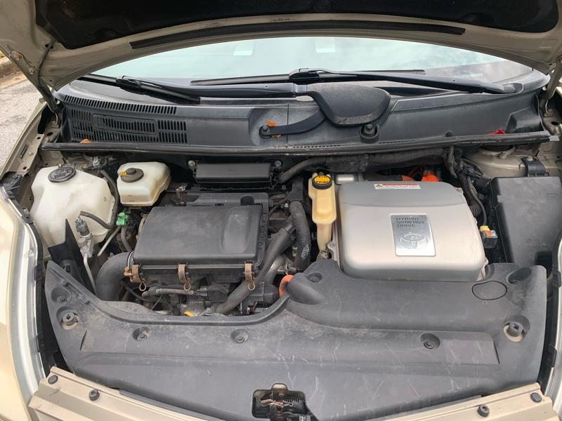 Toyota Prius 2005 price $3,200