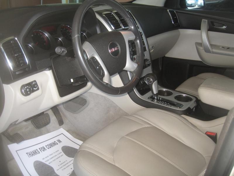GMC Acadia 2012 price $9,999