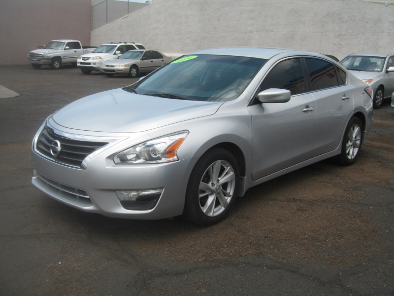 Nissan Altima 2014 price $8,499