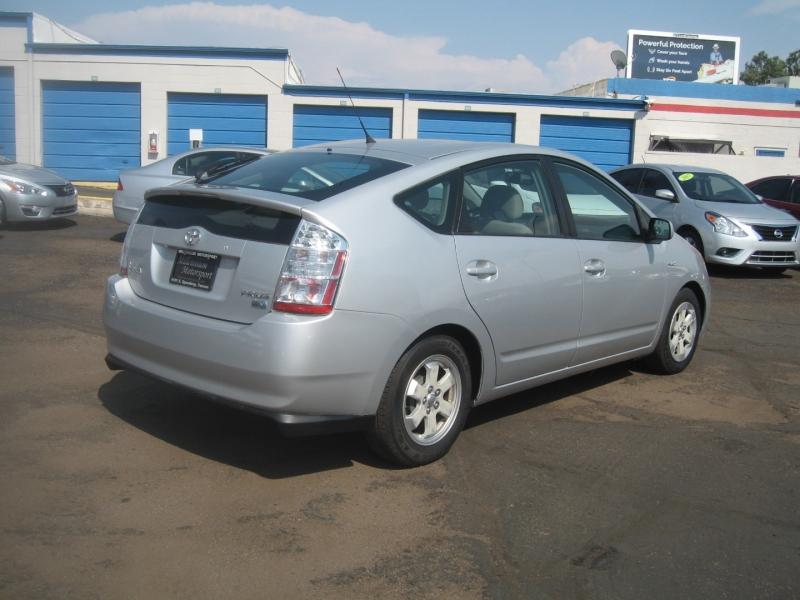 Toyota Prius 2006 price $7,999