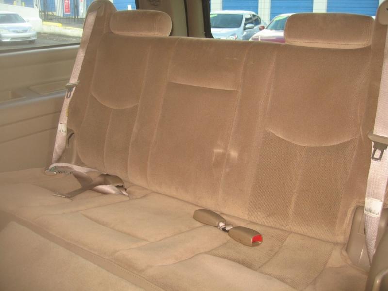 GMC Yukon XL 2003 price $5,899