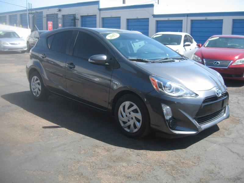 Toyota Prius c 2015 price $11,499