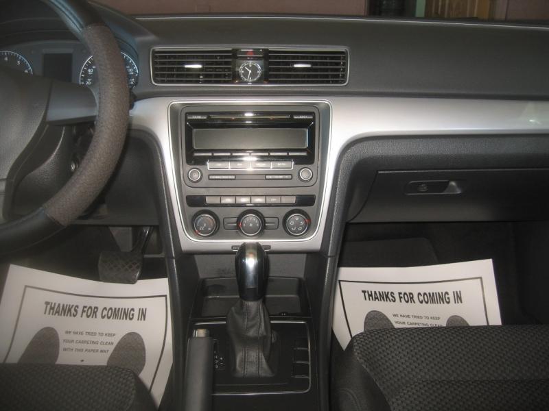 Volkswagen Passat 2014 price $7,499