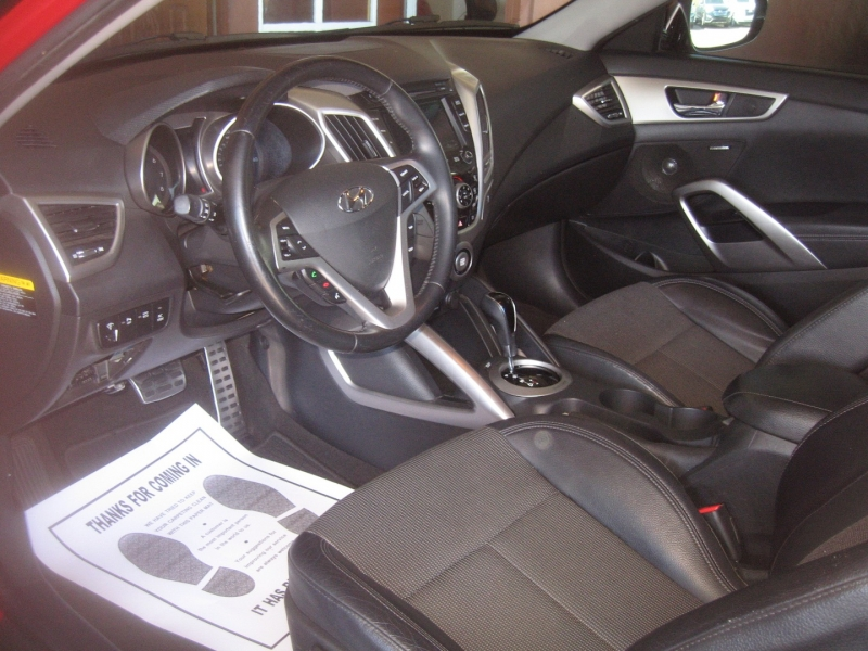 Hyundai Veloster 2013 price $9,499