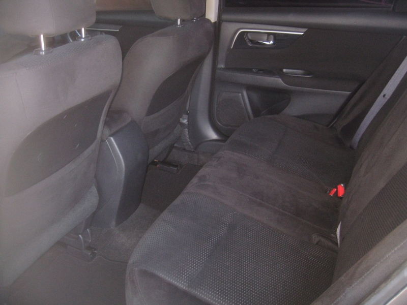 Nissan Altima 2014 price $9,999