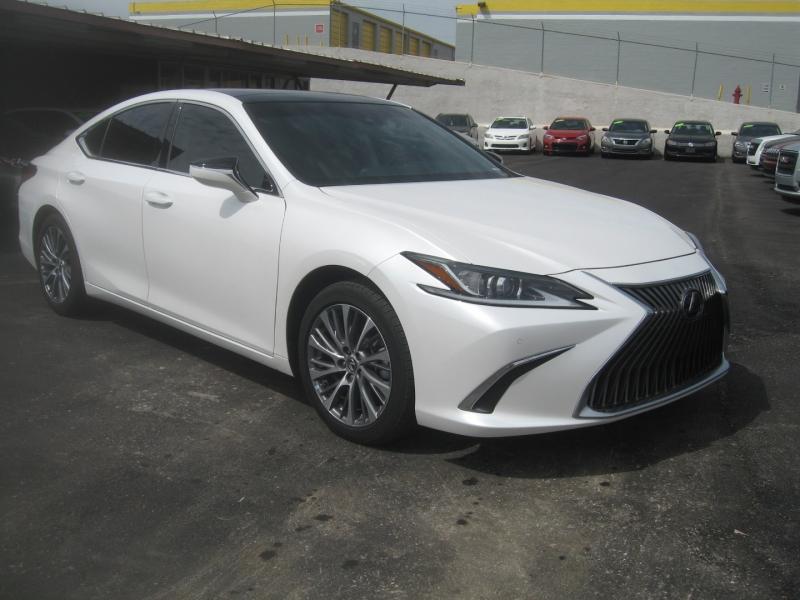 Lexus ES350 Luxury Pkg 2020 price $38,999