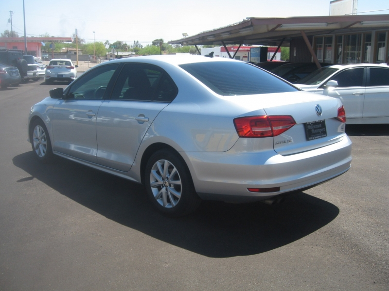Volkswagen Jetta Sedan 2015 price $10,799