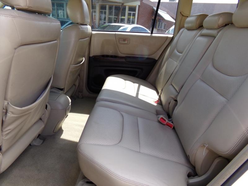 Toyota Highlander 2003 price $5,499