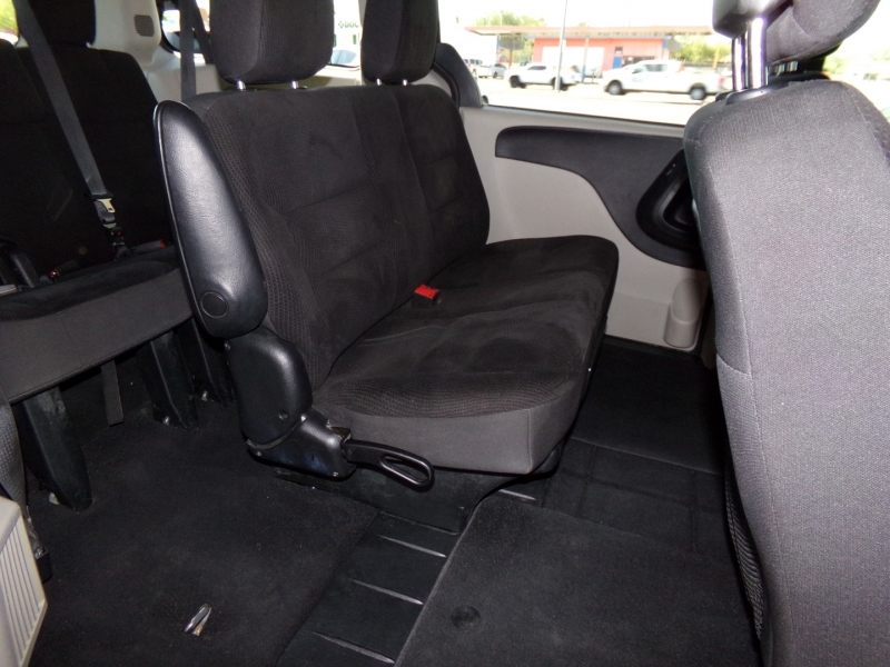 Dodge Grand Caravan 2018 price $18,499