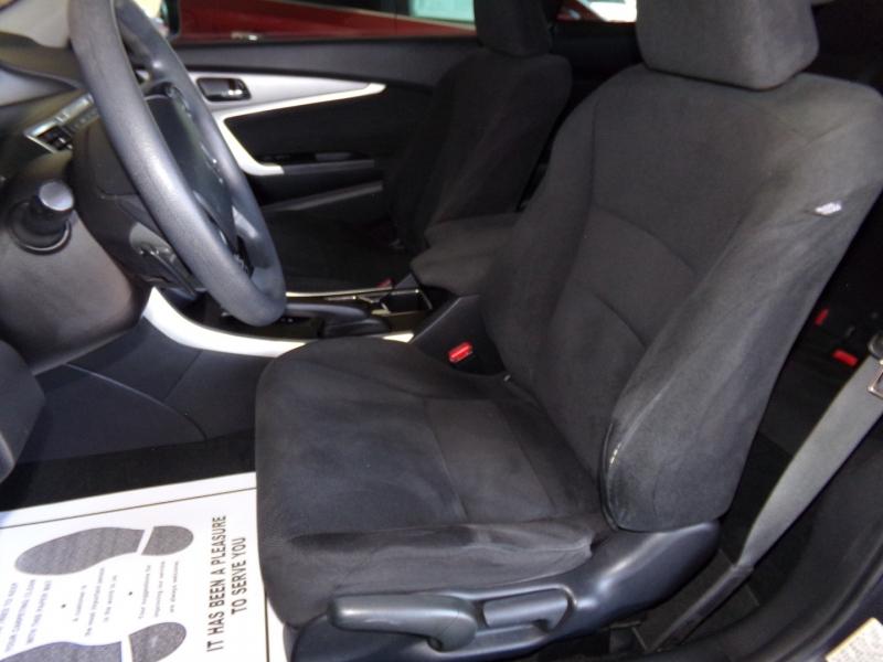 Honda Accord Cpe 2013 price $11,999