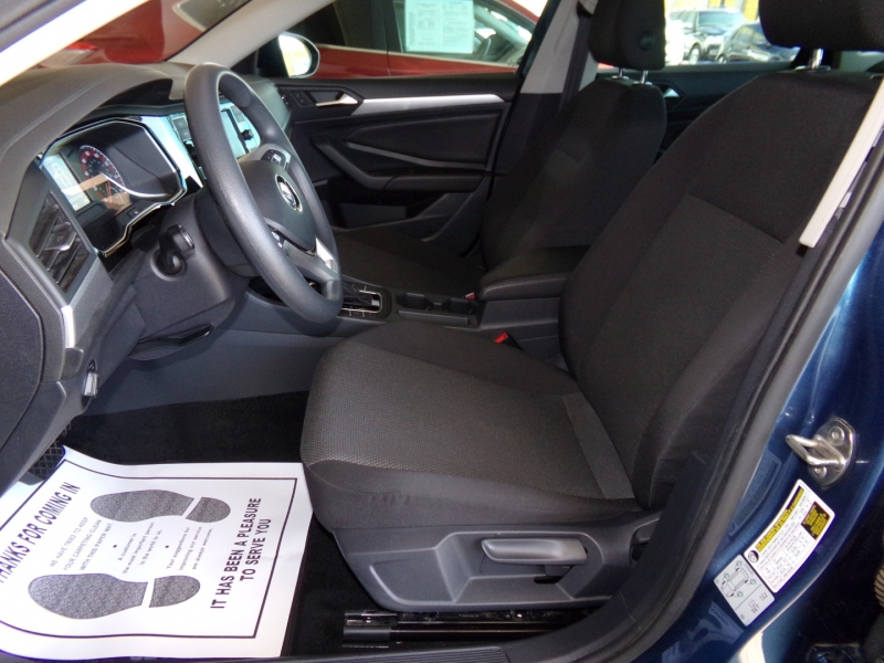 Volkswagen Jetta 2019 price $15,999