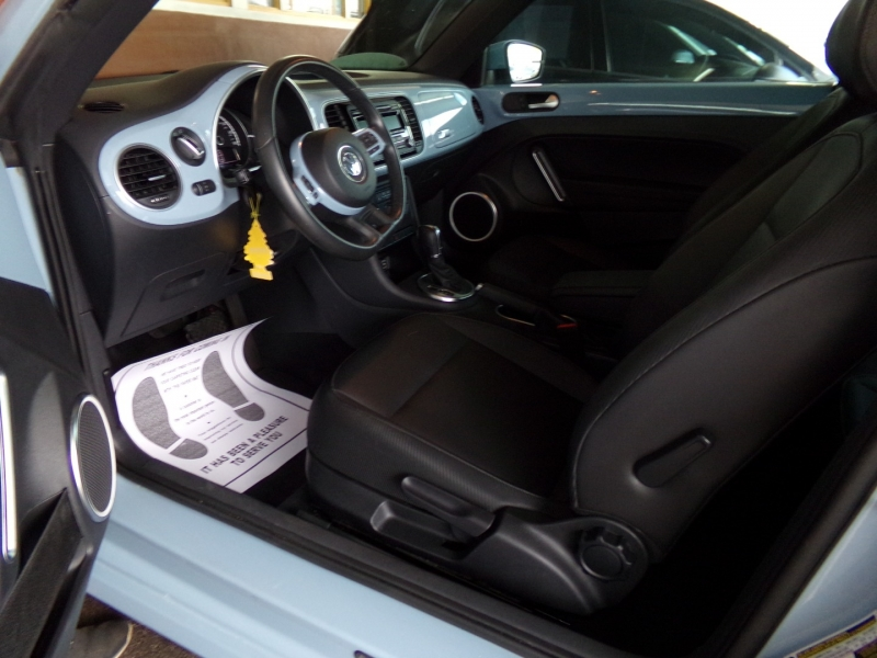 Volkswagen Beetle Coupe 2014 price $8,899
