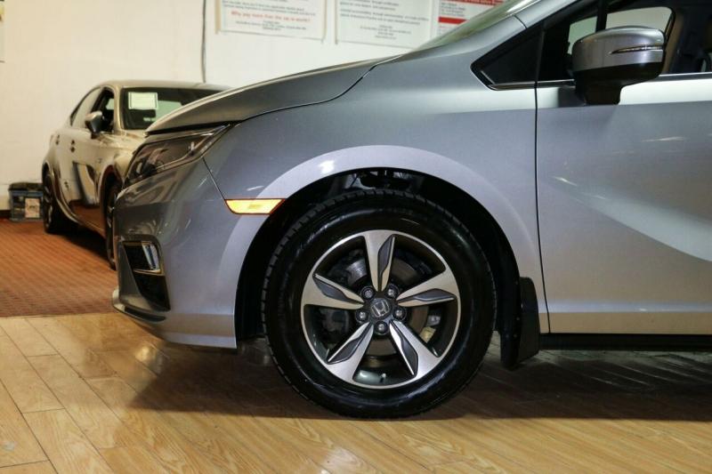 Honda Odyssey 2018 price $28,995