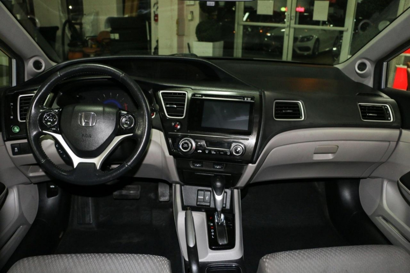 Honda Civic Sedan 2015 price $10,800