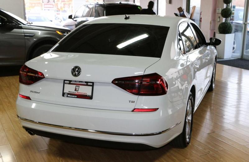 Volkswagen Passat 2018 price $15,995