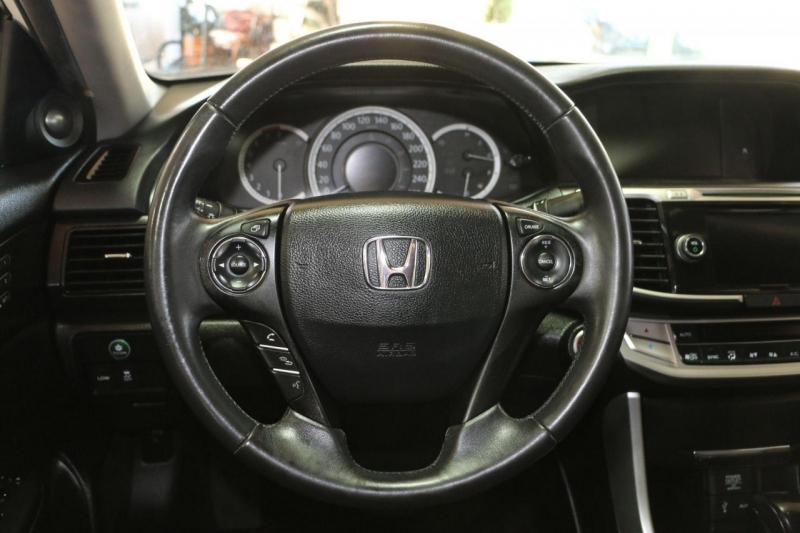 Honda Accord Sedan 2015 price $16,500