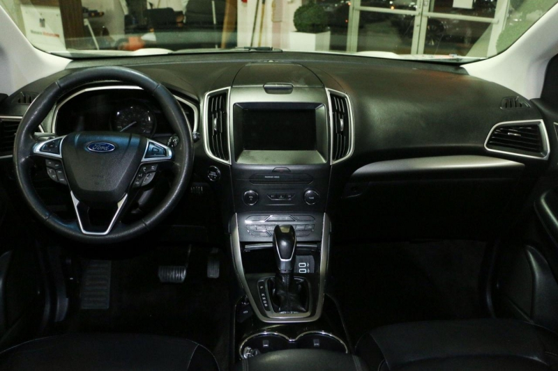 Ford Edge 2016 price $16,499