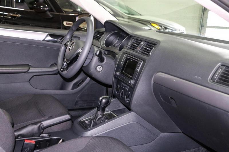 Volkswagen Jetta Sedan 2016 price $10,995