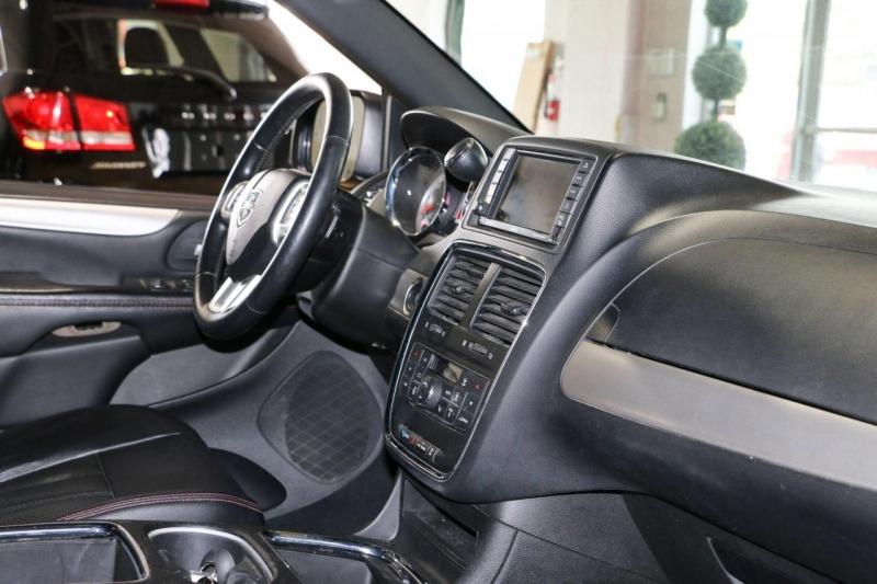 Dodge Grand Caravan 2015 price $15,499