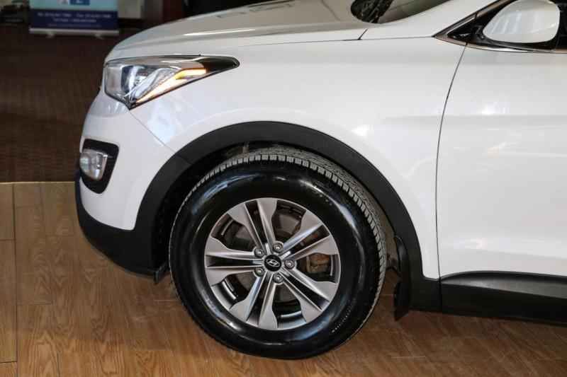 Hyundai Santa Fe Sport 2015 price $11,950