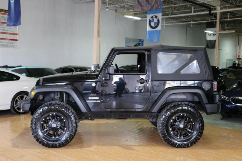 Jeep Wrangler 2015 price $25,995