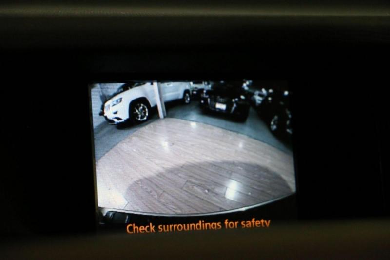 Toyota Sienna 2014 price $26,500