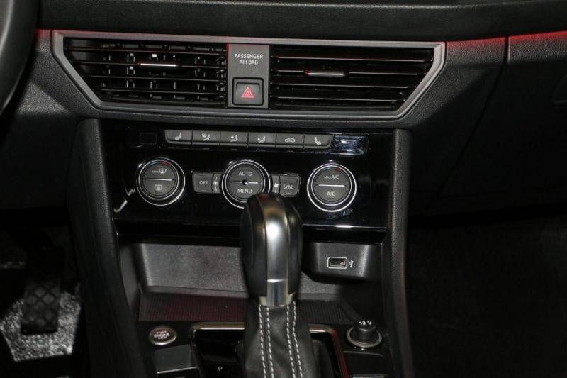 Volkswagen Jetta 2019 price $21,980