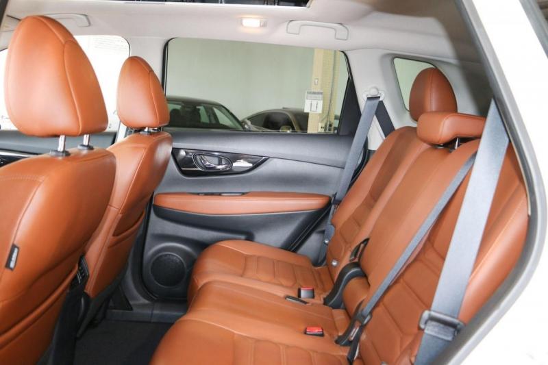 Nissan Rogue 2018 price $24,950