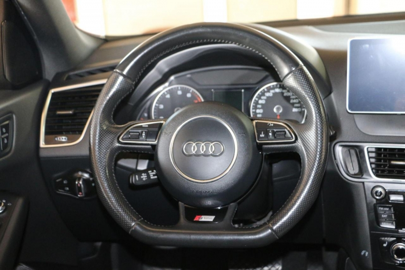 Audi Q5 2013 price $14,800