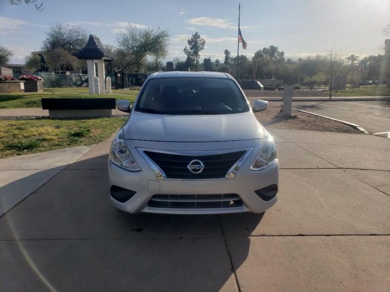 Nissan Versa Sedan 2019 price $11,000 Cash