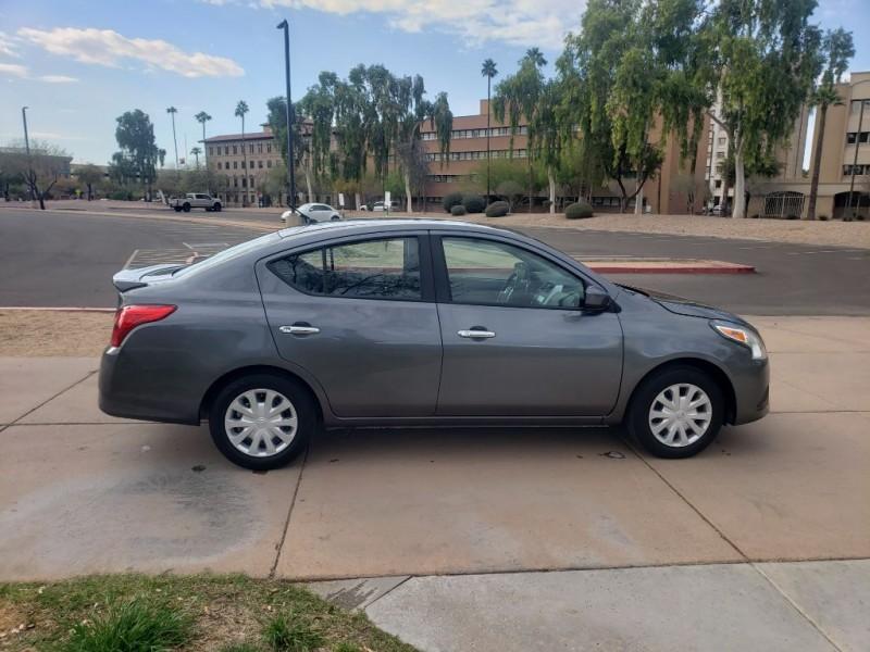 Nissan Versa Sedan 2019 price $13,000